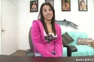 filme porno cu mame futute de tineri subtitrate gratis