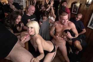 filme porno cu polististe sexi futute dur