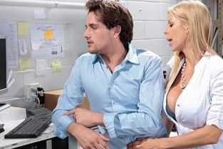 google coom filme porno cu mame masturbate de fiu lor